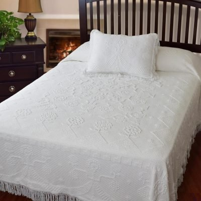 Martha Washington's Choice Bedspread White